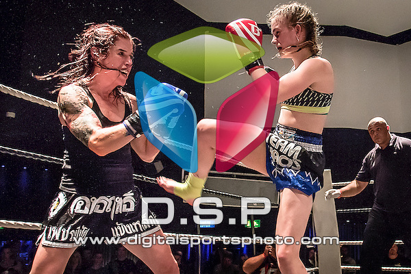 Sammy-Jo Luxton VS Bryony Tyrell. Photo by: Simon Downing<br /> <br /> Fast and Furious 14 - Sunday 30th August 2015. Oceana, Southampton, Hampshire, United Kingdom.
