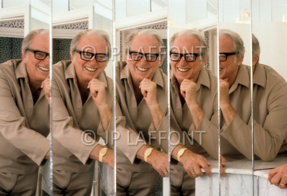 Beverly Hills, Los Angeles, Califronia - April 21, 1979. This portrait of Sidney Sheldon was taken at his pool house. Sidney Sheldon (1917 - 2007) was an Academy Award-winning American writer, whose vast career earned him the title of the seventh best selling writer of all time. The most well-known of his novels Master of the Game, The Other Side of Midnight and Rage Of Angels, which also became a TV series.