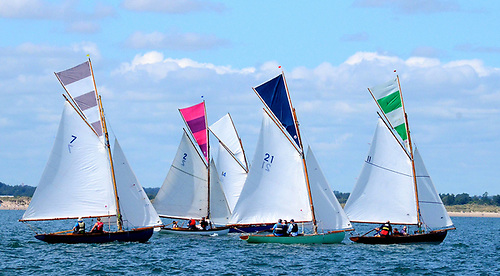 Aura (1898, Ian Malcolm), Pauline (1900, Shane O'Doherty & partners), Gladys (1907, Eddie Ferris & Ian Byrne), Orla (2018, sailed by Gerry Comerford) and Deliginis (1907, Massey, Toomey & Kenny)