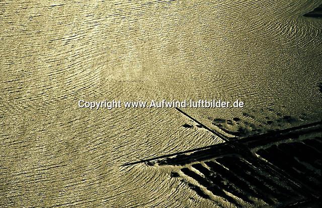 Deutschland, Schleswig- Holstein, Wattenmeer, Naturpark, Wasser, Buhne, Hochwasserschutz, Salzwiesen, Wellen, Nordsee, Meer