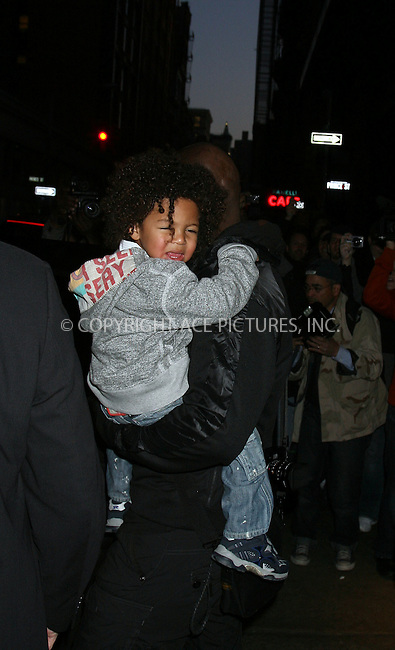 WWW.ACEPIXS.COM . . . . .  ....April 16 2009, New York City....Singer Seal carries his son Henry from their downtown hotel. His wife Heidi Klum is reportedly pregnant with her forth child. April 16 2009 in New York City....Please byline: PHILIP VAUGHAN - ACE PICTURES.... *** ***..Ace Pictures, Inc:  ..Philip Vaughan (212) 243-8787 or (646) 679 0430..e-mail: info@acepixs.com..web: http://www.acepixs.com