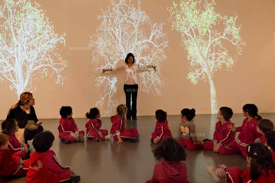 Turkey, Istanbul,Museum of Modern Art, April 8, 2015.<br /> School visit organized at the Modern Art Museum of Istanbul.<br /> <br /> Turquie, Istanbul , Mus&eacute;e d'Art Moderne, 8 Avril 2015<br /> Une classe visite le mus&eacute;e d&rsquo;art moderne d'istanbul.