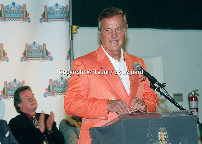 Pat Boone during his speech at the opening ceremony of the Hollywood Hall of Fame in Hollywood, Los Angeles. October 29, 2002.           -            BoonePat04.jpg