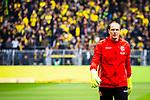 11.05.2019, Signal Iduna Park, Dortmund, GER, 1.FBL, Borussia Dortmund vs Fortuna Düsseldorf, DFL REGULATIONS PROHIBIT ANY USE OF PHOTOGRAPHS AS IMAGE SEQUENCES AND/OR QUASI-VIDEO<br /> <br /> im Bild | picture shows:<br /> Einzelaktion | Jaroslav Drobny (Fortuna #16) waermt sich auf, <br /> <br /> Foto © nordphoto / Rauch