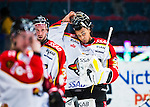 Stockholm 2014-01-08 Ishockey SHL AIK - Lule&aring; HF :  <br />  Lule&aring;s m&aring;lvakt Mark Owuya tar av sig hj&auml;lmen efter matchen<br /> (Foto: Kenta J&ouml;nsson) Nyckelord:  portr&auml;tt portrait