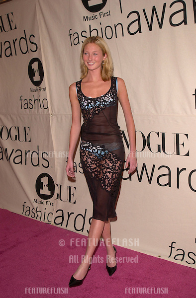 Model MAGGIE RIZER at the VH1/Vogue Fashion Awards in New York..20OCT2000. © Paul Smith / Featureflash