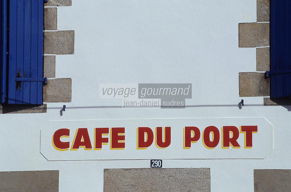 Europe/France/Pays de la Loire/44/Loire-Atlantique/Kercabellec-Merquel : Le café du port