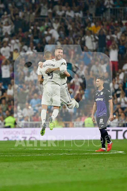 Real Madrid's Karim Benzema (l) and Sergio Ramos (r) celebrate goal during La Liga match. September 01, 2018. (ALTERPHOTOS/A. Perez Meca)