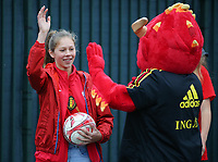 20191006 TUBIZE: Red Flames fan is giving the mascot Red a high five at the Open Training of Red Flames on Sunday 6th of October 2019, Tubize, Belgium  PHOTO SPORTPIX.BE | SEVIL OKTEM