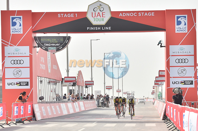 Mitchelton-Scott approach the finish line of Stage 1 of the 2019 UAE Tour, a team time trial running 16km around Al Hudayriat Island, Abu Dhabi, United Arab Emirates. 24th February 2019.<br /> Picture: LaPresse/Massimo Paolone | Cyclefile<br /> <br /> <br /> All photos usage must carry mandatory copyright credit (© Cyclefile | LaPresse/Massimo Paolone)