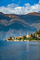 Italy, Lombardia, Varenna: old town on the foot of Sasso di San Defendente on the East Banks of Lake Como | Italien, Lombardei, Varenna: die Altstadt liegt auf einem Felsvorsprung am Fuße des Sasso di San Defendente am Ostufer des Comer Sees
