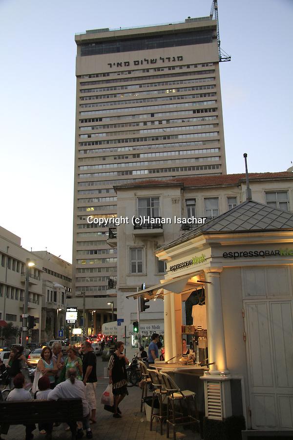 Israel, Tel Aviv, Shalom tower overlooking Rothschild boulevard