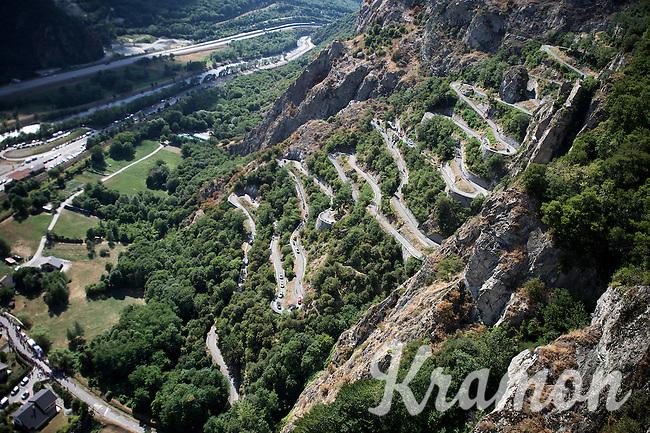 racing up the Lacets de Montvernier (2C/782m/3.4km, 8.2%)<br /> <br /> stage 18: Gap - St-Jean-de-Maurienne (187km)<br /> 2015 Tour de France