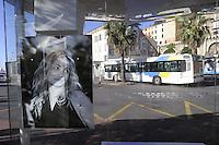 - France, French Riviera, Cannes: bus stop with portraits of famous movie actors<br /> <br /> - Francia, Costa Azzurra, Cannes: fermata di autobus con i volti dei più famosi attori del cinema