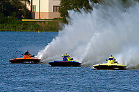 "Bobby King, S-92 ""Tenacity"", Grant Hearn, S-14 ""Legacy 2"", Andrew Tate, S-80 ""On The Edge""    (2.5 Litre Stock hydroplane(s)"