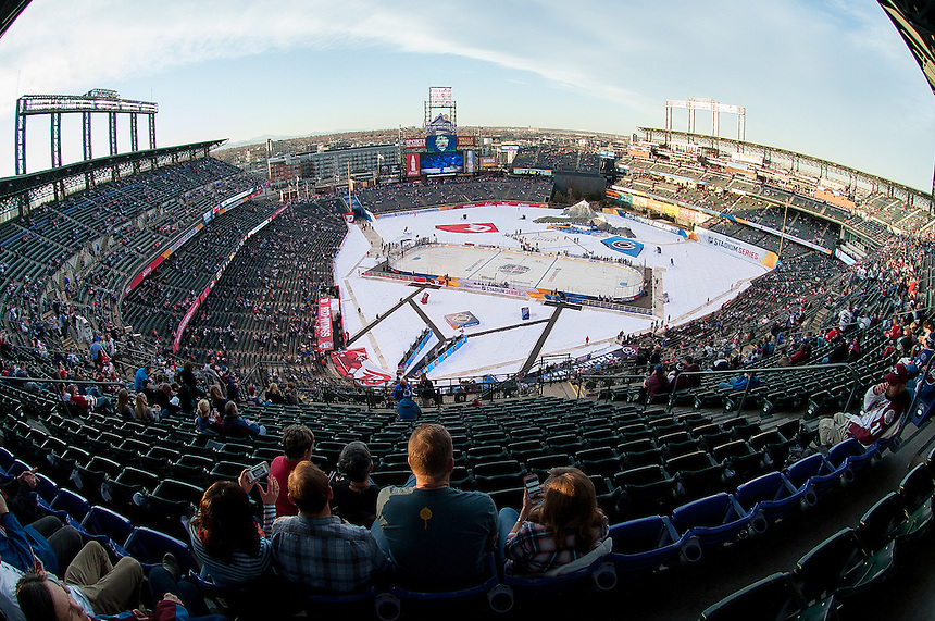 27 FEBRUARY 2016:     A general view of the scene inside the stadium before  a NHL Stadium Series game between the Red Wings an Avalanche at Coors Field in Denver Denver, Colorado.  (Photo by Dustin Bradford/Icon Sportswire)