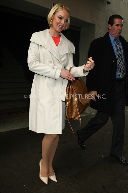 WWW.ACEPIXS.COM . . . . .  ....Janaury 23 2012, New York City....Actress Katherine Heigl left a West Village restaurant on January 23 2012 in New York City....Please byline: PHILIP VAUGHAN - ACE PICTURES.... *** ***..Ace Pictures, Inc:  ..Philip Vaughan (212) 243-8787 or (646) 679 0430..e-mail: info@acepixs.com..web: http://www.acepixs.com