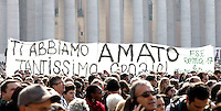 """Fedeli in piazza San Pietro in occasione dell'Angelus di Papa Benedetto XVI, Citta' del Vaticano, 17 febbraio 2013..Faithful hold a banner reading, in Italian, """"We loved you so much. Thank you!"""", in St. Peter's square in occasion of the Pope Benedict XVI's Angelus prayer, at the Vatican, 17 February 2013..UPDATE IMAGES PRESS/Riccardo De Luca -STRICTLY FOR EDITORIAL USE ONLY-"""