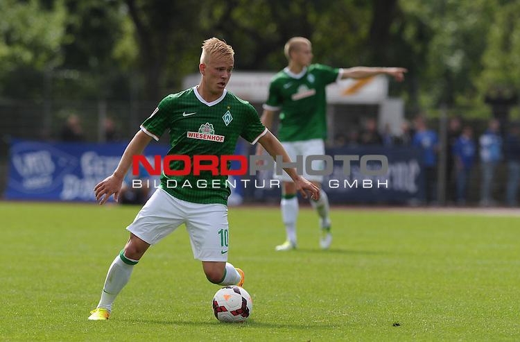31.08.2013, Platz 11, Bremen, GER, RLN, Werder Bremen II vs VfB Oldenburg, im Bild Marcel Hil&szlig;ner (Bremen #10)<br /> <br /> Foto &copy; nph / Frisch