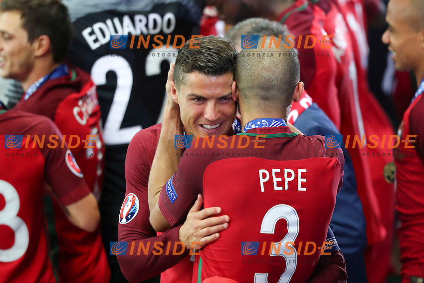 Esultanza fine partita Cristiano Ronaldo e Pepe celebration end of match<br /> Paris 10-07-2016 Stade de France Football Euro2016 Portugal - France / Portogallo - Francia Finale/Finals<br /> Foto Gwendoline Le Goff / Panoramic / Insidefoto