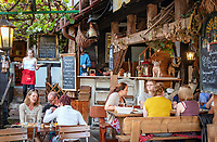 Germany, Baden-Wurttemberg, Northern Black Forest, Sasbachwalden: wine village at Baden Wine Route, café and restaurant Knusperhaeuschen at village centre | Deutschland, Baden-Wuerttemberg, Nordschwarzwald, Sasbachwalden im Ortenaukreis: Weinort an der Badischen Weinstrasse gelegen, Restaurant und Café Knusperhaeuschen im Ortszentrum
