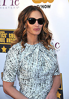 Julia Roberts at the 19th Annual Critics' Choice Awards at The Barker Hangar, Santa Monica Airport.<br /> January 16, 2014  Santa Monica, CA<br /> Picture: Paul Smith / Featureflash
