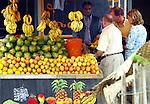 SHASHAMANE - ETHIOPIA - 15 APRIL 2004 -- Atze, Helge and Sabine buying fruit in the city of Shashamane in the East African Rift Valley. --PHOTO: JUHA ROININEN / EUP-IMAGES