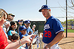 Scott Kazmir (Dodgers),<br /> FEBRUARY 27, 2016 - MLB :<br /> Scott Kazmir of the Los Angeles Dodgers signs autographs for fans during the Los Angeles Dodgers spring training baseball camp in Glendale, Arizona, United States. (Photo by Thomas Anderson/AFLO) (JAPANESE NEWSPAPER OUT)