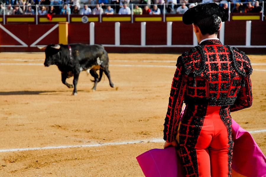 A Spanish bullfighter performs at the bullring in Fuengirola, Spain, 28 April 2007.