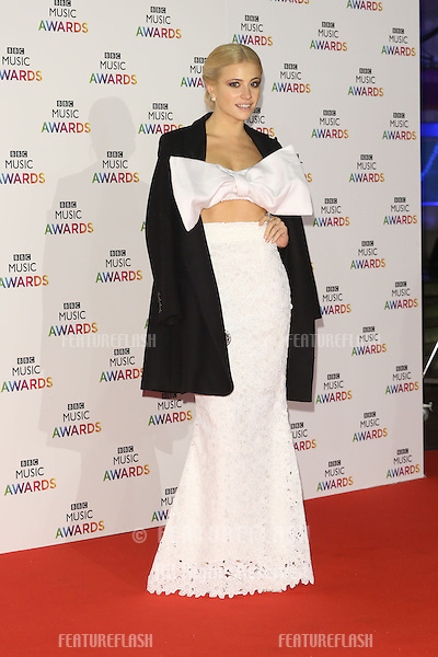 Pixie Lott arriving for The BBC Music Awards 2014 held at Earls Court, London. 11/12/2014 Picture by: James Smith / Featureflash
