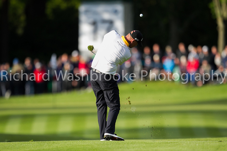 Thomas Bjorn (DEN) 17th fairway approach shot<br /> BMW PGA Championship 2014  Wentworth  24th May 2014<br /> Photo: Richard Washbrooke Sports Photography<br /> <br /> BMW PGA Championship 2014  Wentworth  24th May 2014<br /> Photo: Richard Washbrooke Sports Photography
