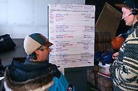 Volunteer Pilots @ McGrath 2000 Iditarod AK<br /> John & Barb