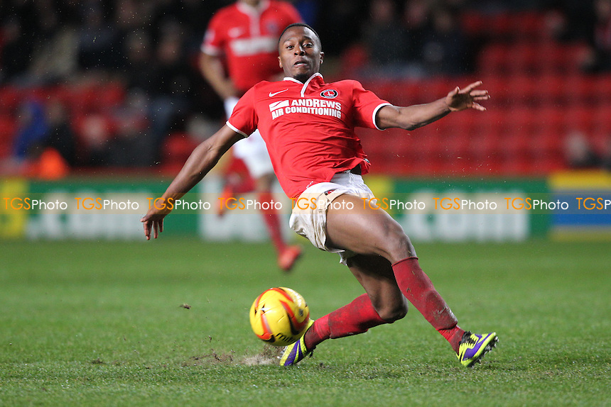 Jordan Cousins of Charlton Athletic - Charlton Athletic vs Leeds United - Sky Bet Championship Football at The Valley, London - 09/11/13 - MANDATORY CREDIT: Simon Roe/TGSPHOTO - Self billing applies where appropriate - 0845 094 6026 - contact@tgsphoto.co.uk - NO UNPAID USE