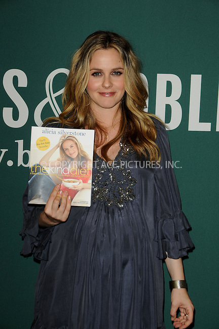 WWW.ACEPIXS.COM . . . . . ....March 15 2011, Los Angeles....Alicia Silverstone promotes her book 'Alicia Silverstone: The Kind Diet' at the Barnes & Noble bookstore at The Grove on March 15, 2011 in Los Angeles, CA....Please byline: PETER WEST - ACEPIXS.COM....Ace Pictures, Inc:  ..(212) 243-8787 or (646) 679 0430..e-mail: picturedesk@acepixs.com..web: http://www.acepixs.com
