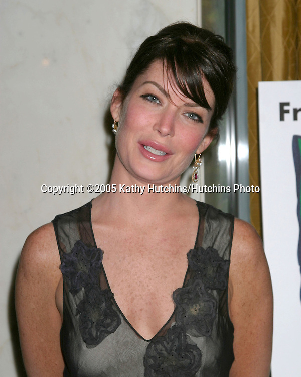 Lara Flynn Boyle.Family Matters Benefit.Friends of the Family Annual Gala IHO Cedric the Entertainer.Regent Beverly Wilshire Hotel.Los Angeles, CA.June 3, 2005.©2005 Kathy Hutchins / Hutchins Photo