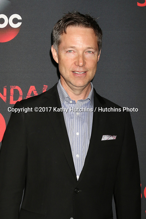 """LOS ANGELES - APR 8:  George Newbern at the """"Scandal"""" 100th Show Party at Fig & Olive Resturant on April 8, 2017 in West Hollywood, CA"""