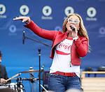 10.09.2017, N&uuml;rburgring, N&uuml;rburg, DTM 2017, 14.Lauf N&uuml;rburgring,08.09.-10.09.2017 , im Bild<br /> US S&auml;ngerin Anastacia zu Gast am N&uuml;rburgring<br /> Foto &copy; nordphoto / Bratic