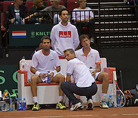 14-sept.-2013,Netherlands, Groningen,  Martini Plaza, Tennis, DavisCup Netherlands-Austria, Doubles,   Jean-Julien Rojer (L) and Robin Haase(NED) on the Dutch bench with captain Jan Siemerink<br /> Photo: Henk Koster