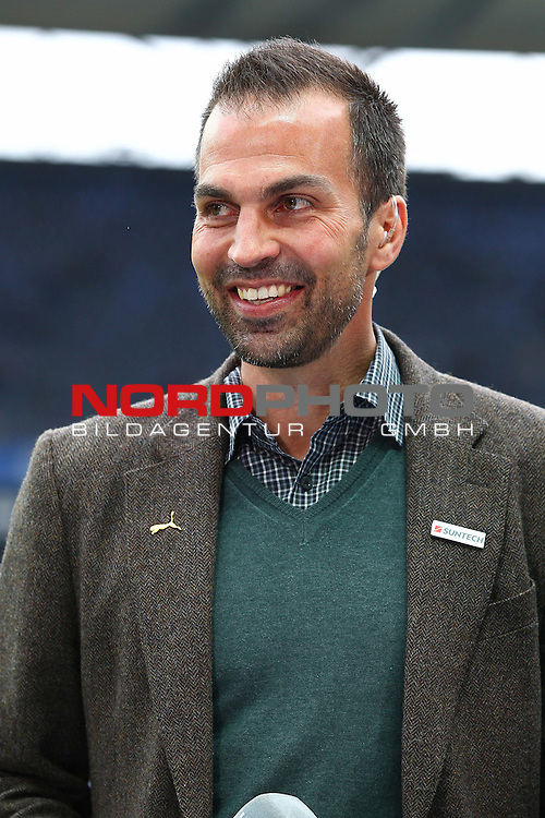 05.05.2012, Olympia Stadion, Berlin, Hertha BSC Berlin vs TSG 1899 Hoffenheim, im Bild Markus Babbel (coach TSG 1899 Hoffenheim) lacht beim Interview<br /> <br /> // during the Match Hertha BSC Berlin vs TSG 1899 Hoffenheim, Olympia Stadion, Berlin, Germany, on 2012/05/05,<br /> Foto &copy; nph / Sielski *** Local Caption ***
