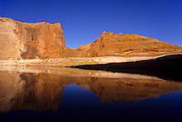 The Lake Povel water resavour behind Glen Canyon Dam, Utah, USA