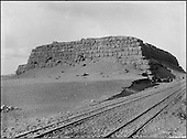 From the start, Chadoud discovered the extraordinary monuments build by the Ancient Empire of Egypt. The Mastaba Faraoun, tomb in which the successor to Kheops was buried, Pharaoh Chepseskaf (IVth dynasty) was explored by Gustave Jéquier from Switzerland in the early 1930's.....CHADOUF MOHAMMED/COLLECTION PATRICK CHAPUIS-PHILIPPE FLANDRIN