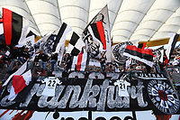 Fans von Eintracht Frankfurt erinnern an die beiden Frankfurter Timothy Chandler und Marc Stendera - 30.09.2018: Eintracht Frankfurt vs. Hannover 96, Commerzbank Arena, DISCLAIMER: DFL regulations prohibit any use of photographs as image sequences and/or quasi-video.