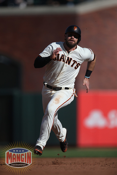 SAN FRANCISCO, CA - AUGUST 11:  Evan Longoria #10 of the San Francisco Giants runs the bases against the Philadelphia Phillies during the game at Oracle Park on Sunday, August 11, 2019 in San Francisco, California. (Photo by Brad Mangin)