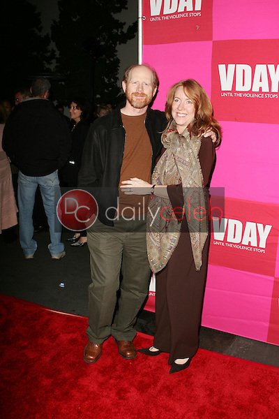 """Ron Howard and Cheryl Howard<br />at the opening night of Eve Ensler's """"The Good Body"""" to Benefit VDAY. Wadsworth Theatre, Brentwood, CA. 02-01-06<br />Scott Kirkland/DailyCeleb.Com 818-249-4998"""