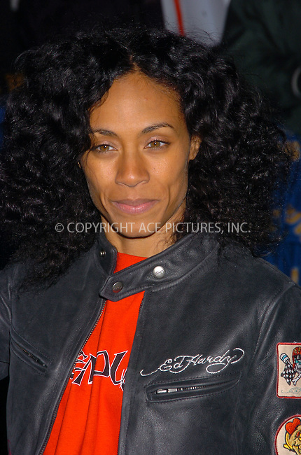 WWW.ACEPIXS.COM . . . . .  ....January 25 2006 New York City....Actress/singer Jada Pinkett Smith performed at the Late Show with David Letterman at the Ed Sullivan Theatre in Manhattan....Please byline: AJ Sokalner - ACEPIXS.COM..... *** ***..Ace Pictures, Inc:  ..Philip Vaughan (212) 243-8787 or (646) 769 0430..e-mail: info@acepixs.com..web: http://www.acepixs.com
