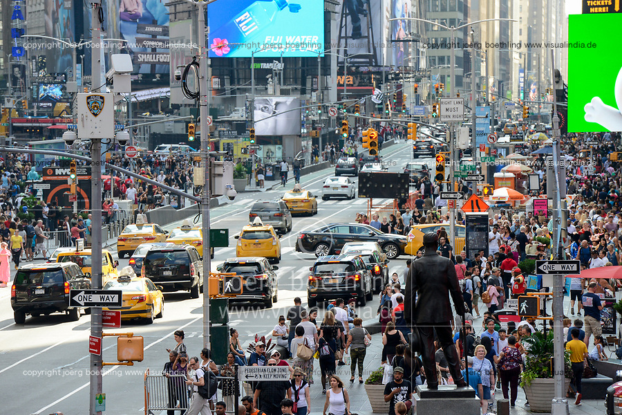 USA, New York City, Manhattan, Time square at crossing Broadway und Seventh Avenue