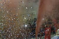 RIONEGRO- COLOMBIA, 15-11-2018.Hinchas de Rionegro durante el encuentro contra el Once Caldas partido por los cuartos de final ida de la Liga Águila II 2018 jugado en el estadio Alberto Grisales  de Rionegro. /Fans of Rionegro during match agaisnt Once Caldas during Quarter Final first leg match of the Liga Aguila II 2018 played at Alberto Grisales Stadium in Rionegro. Photo: VizzorImage / Juan Augusto Cardona / Contribuidor