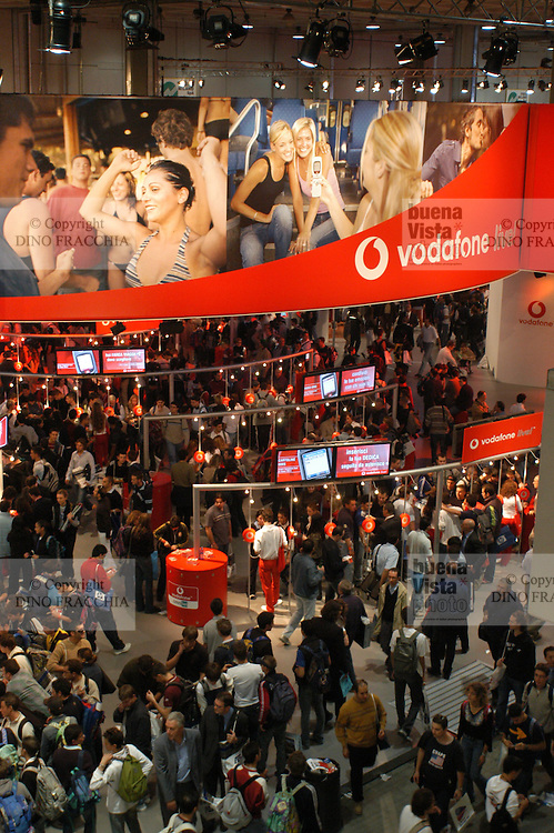 - SMAU, international exibition of electronics, computer science and technological innovation, Vodafone stand....- SMAU, salone internazionale dell'elettronica, informatica e innovazione tecnologica, stand Vodafone