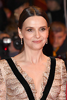 BERLIN, GERMANY - FEBRUARY 7: French actress Juliette Binoche attends The Kindness Of Strangers premiere and Opening Night Gala of the 69th Berlinale International Film Festival Berlin at the Berlinale Palace on February 7, 2018 in Berlin, Germany.<br /> CAP/BEL<br /> ©BEL/Capital Pictures