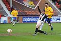 Pars' Craig Dargo scores Dunfermline's third      ...